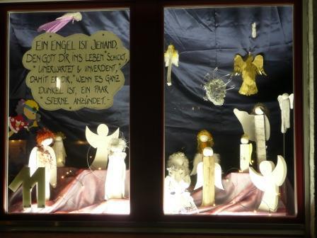 Adventsfenster_2012.JPG